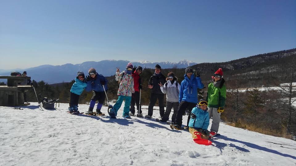 大人も子供も雪遊びにおおはしゃぎ♪スノーシュー♪