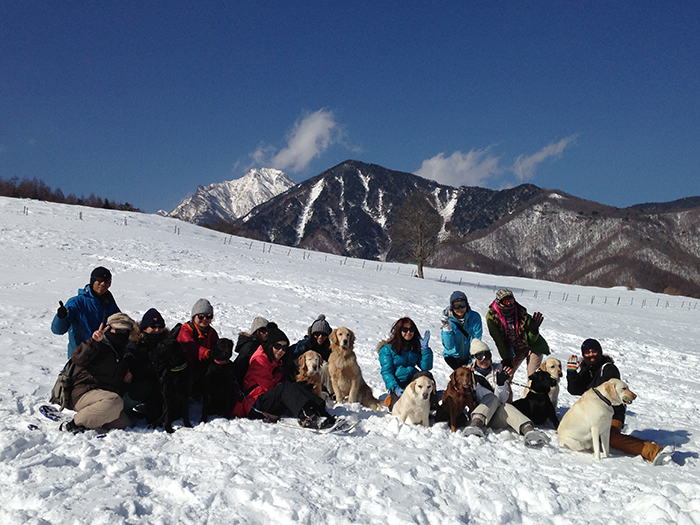 愛犬と楽しむスノーシューハイキング