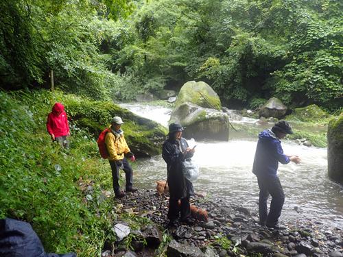 「宮司の滝」ハイキング